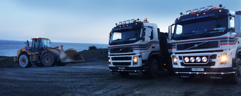 Digger-Tipper-Trucks-Lorried-for-Hire-Deliver-Lowloader